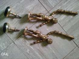 Beautiful copper antiques 1feet with stands...