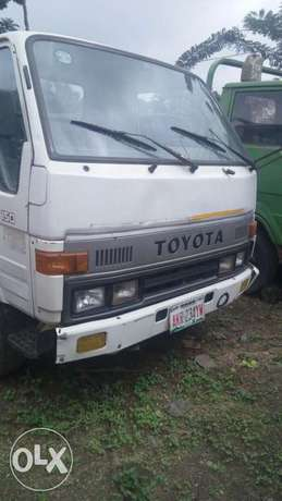 Toyota Dyna 150 six tyre for sale Osogbo - image 1