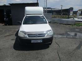 Opel Corsa 1.4 Model 2008,3 Doors factory A/C And C/D Player