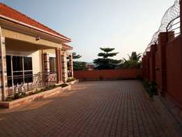 House for sale in Kitende at 450m with ready mailo title