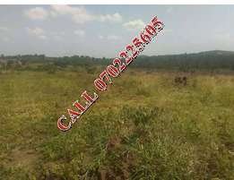10 acres for sale in Luwero-Nakaseke at 3m each