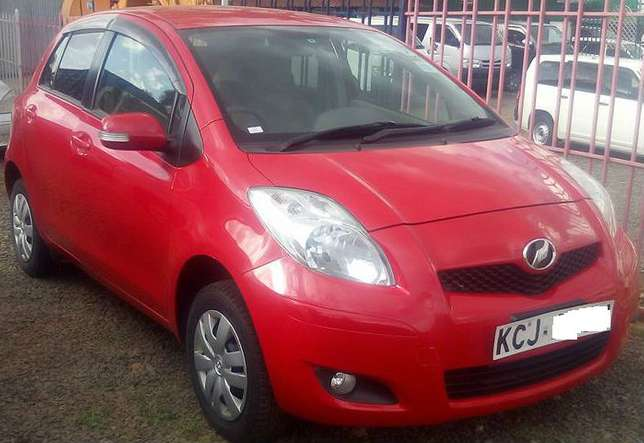 Price Sliced Down,1300cc Toyota Vitz Newly Imported Just arrived Nairobi CBD - image 1