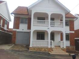 4 bedrooms double storage for rent Naguru