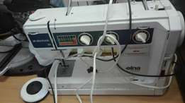 6177 Elna sewing machine with footpedal