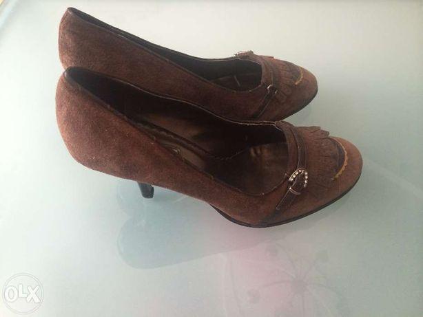 Замшевые женские туфли CARNABY  250 грн. - Жіноче взуття Полтава на Olx af1743258e590