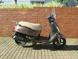 2015 SYM fiddle 150cc scoter for sale in a good condition