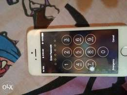 Iphone 5s for sale very clean