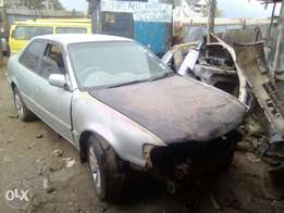 Toyota 110(manual) everything available just fixing,