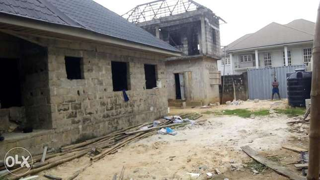 Distress sale! Uncompleted 3bedroom bungalow at new Rd off Ada George Port Harcourt - image 4