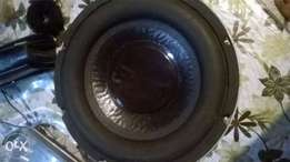 10 inch sub in excellent condition 2000 watts