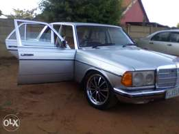 Mercedes Benz for sale w123