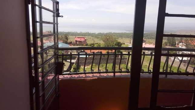 Muigai comm Executive 2bedrooms apart to let naka nakuru35,000&25,000 Nakuru East - image 2