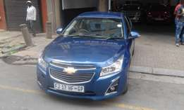 Chevrolet cruze 1.6 blue in color sedan 2014 model 21000km R138000