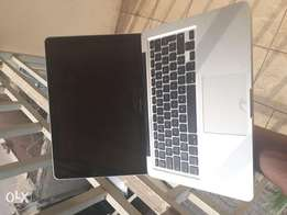 MacBook Pro Core i5 Mid 2012 8gb Ram 500gb Hard disk
