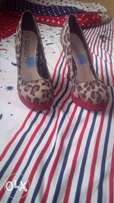 """""""Gorgeous"""" Suede Shoe From UK. Size 36."""