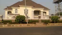 6 bedrooms duplex with chalet and servant quarter in Maitama