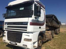 definitely DAFF truck with top trailer, the sloper