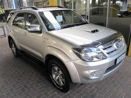 2007 Toyota - Fortuner I 3.0 D-4D Raised Body Mileage: 230 000 km