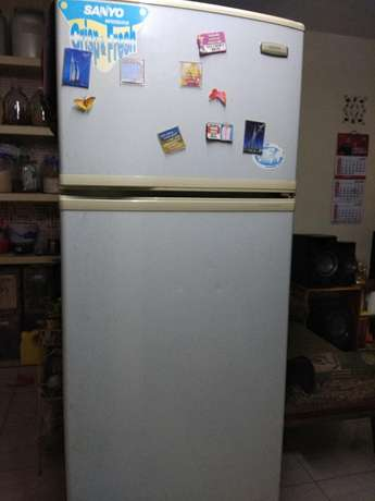 Refrigerator Jumbo size Sanyo Fridge made in Japan Kisumu CBD - image 1