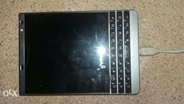 Blackberry passport 2 Silver Edition