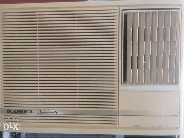 For sale. Window A /c.General. 2.ton.