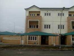 A tastefully finished, serviced & brand new 4bedroom terrace duplex.