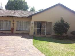 4 Bedroom house for sale in De Bruin Park what are you waiting for!