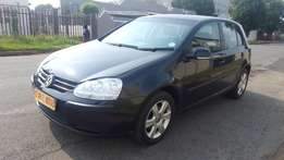 2006 Volkswagen Golf 5 1.6 Trendline,120000 kilo For R70,000