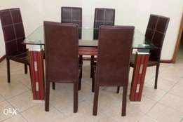 D.L Exquisite 6 seaters glass dining table set