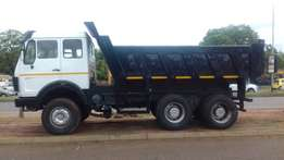 Merc 2636 V-series Cub Tipper HL7 Waterworks