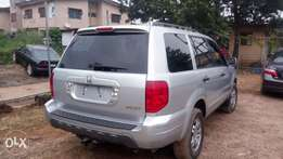 2004 Honda Pilot leather 3 Sitting
