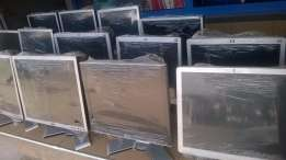 """Offer! Very clean 17"""" hp/dell ex UK monitors at Timlyne Computers"""