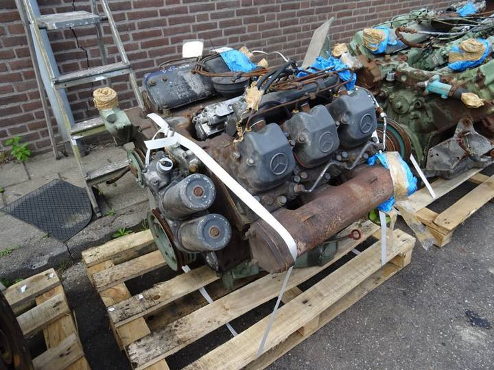 Mercedes-Benz V6 Engine Complete engine for truck
