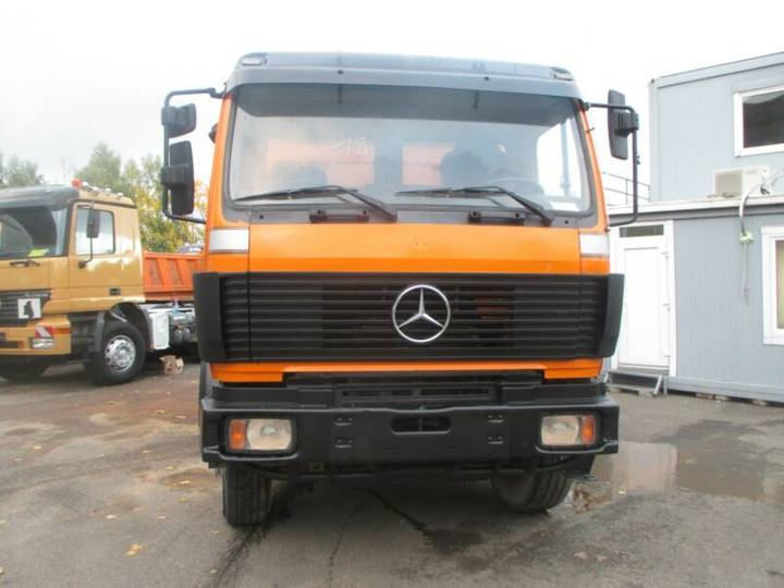 Mercedes-Benz 3538 Kipper 8X4 GERMAN TRUCK - 1994