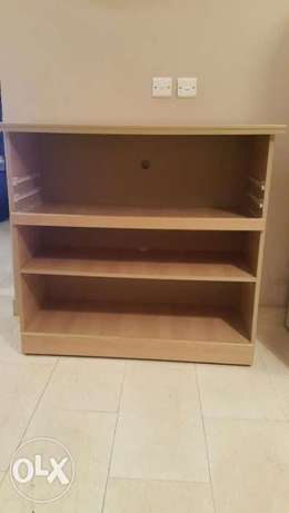 Display shelves الخبر -  1