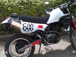 Dirt bike Klr 600 cc quick sale. No Docs! 450k