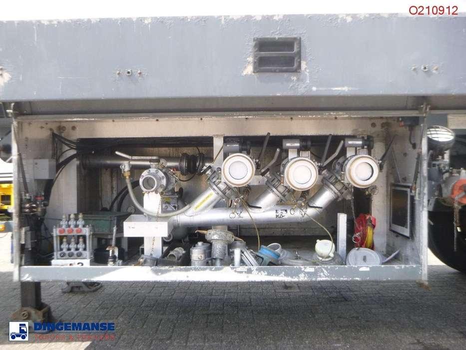 LAG Jet fuel tank alu 45 m3 / 3 comp - 2002 for sale | Tradus
