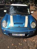 Customery blue and white stripe mini cooper S mint condition for sale