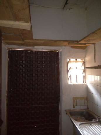 Self contained room to let at Total Cornershop FHA Lugbe Lugbe - image 5