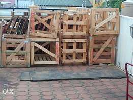 Heavy duty crates clearing at ONLY R50