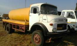 Mercedes Benz 12/13 4x4 with 8000L water tanker