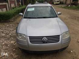 very clean and sound carefully used Tokunbo Volkswagen Passat for sale