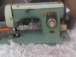 old sewing machine for spares