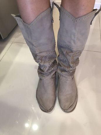 Сапоги Karma of Charme  1 500 грн. - Жіноче взуття Ірпінь на Olx 17d87fe42ceb2