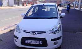 Hyundai i10 1.2 5 Door Model 2011 Colour White Factory A/C & CD Player