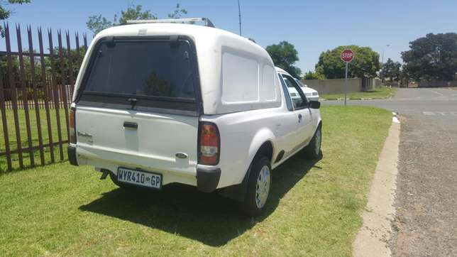 Ford bantam 1.3.with canopy Newville - image 4