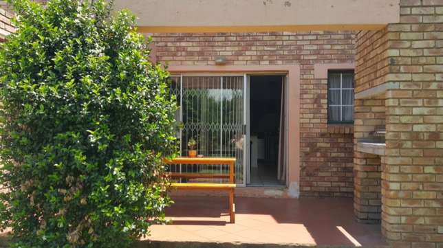 3 bedroom townhouse for sale Centurion - image 2
