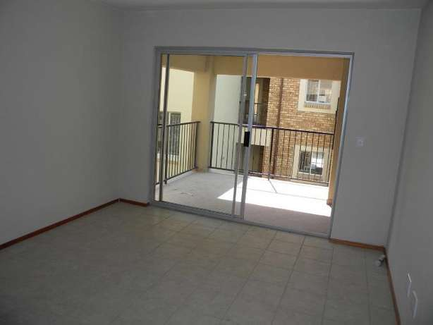 2 Bedroom Apartment / Flat to Rent in Northwold North Riding - image 7