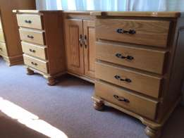 Solid Oak bedroom suite