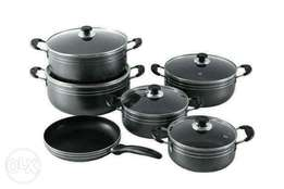 Heavy duty cooking pots black in colour